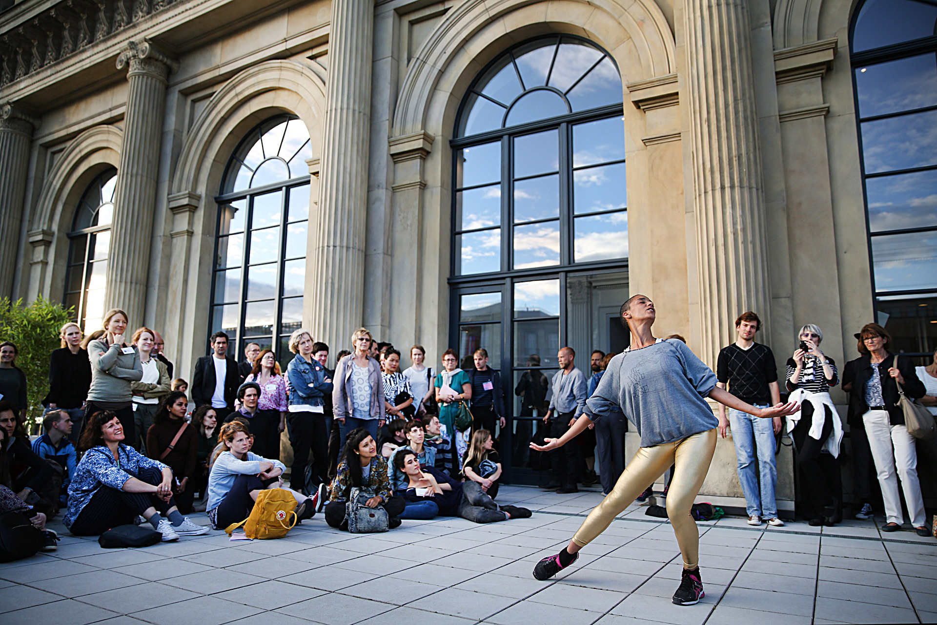 Staatsoper Hannover BORIS CHARMATZ MUSÉE DE LA DANSE: COMMON CHOREOGRAPHIES 20 DANCERS FOR THE XX CENTURY