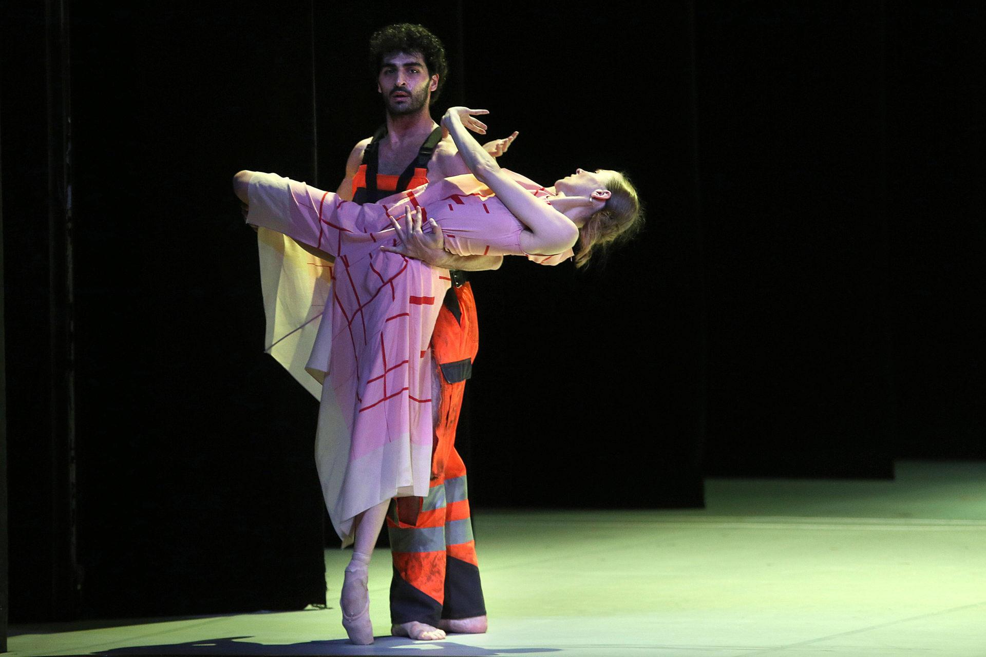 HH_Ballett_Anna_Karenina_AnjaBeutler.de_755