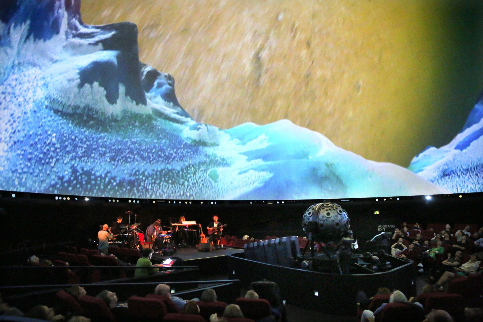 Konzert Richard Reed Parry  Planetarium Hamburg Berliner Festspiele
